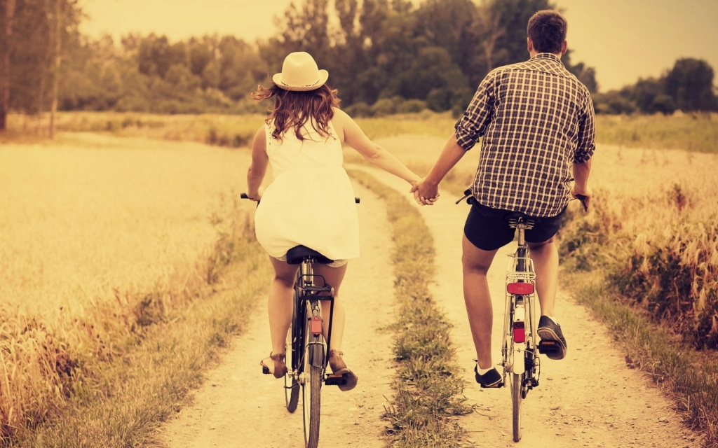 Friends-forever-lovable-couple